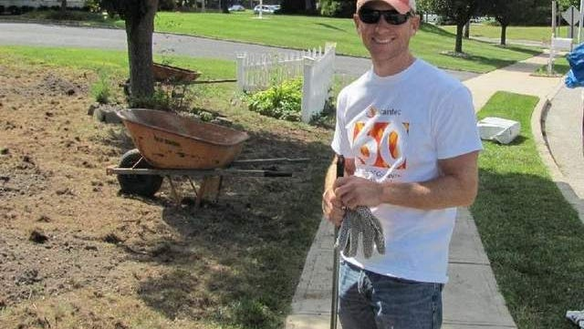Stantec's Wall staff spent hours yesterday renovating the landscaping of the Grace House lawn as part of a company-wide day of service.