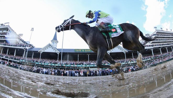 Always Dreaming with John Velazquez aboard wins the 143rd Kentucky Derby.