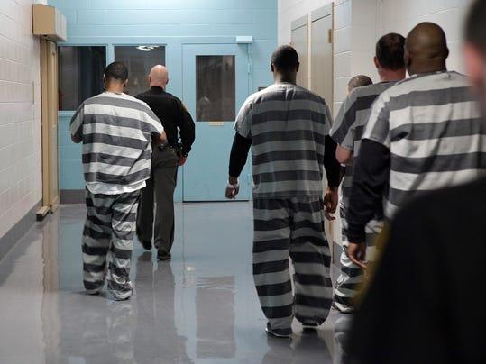 -Jail7.jpg_20130320.jpg