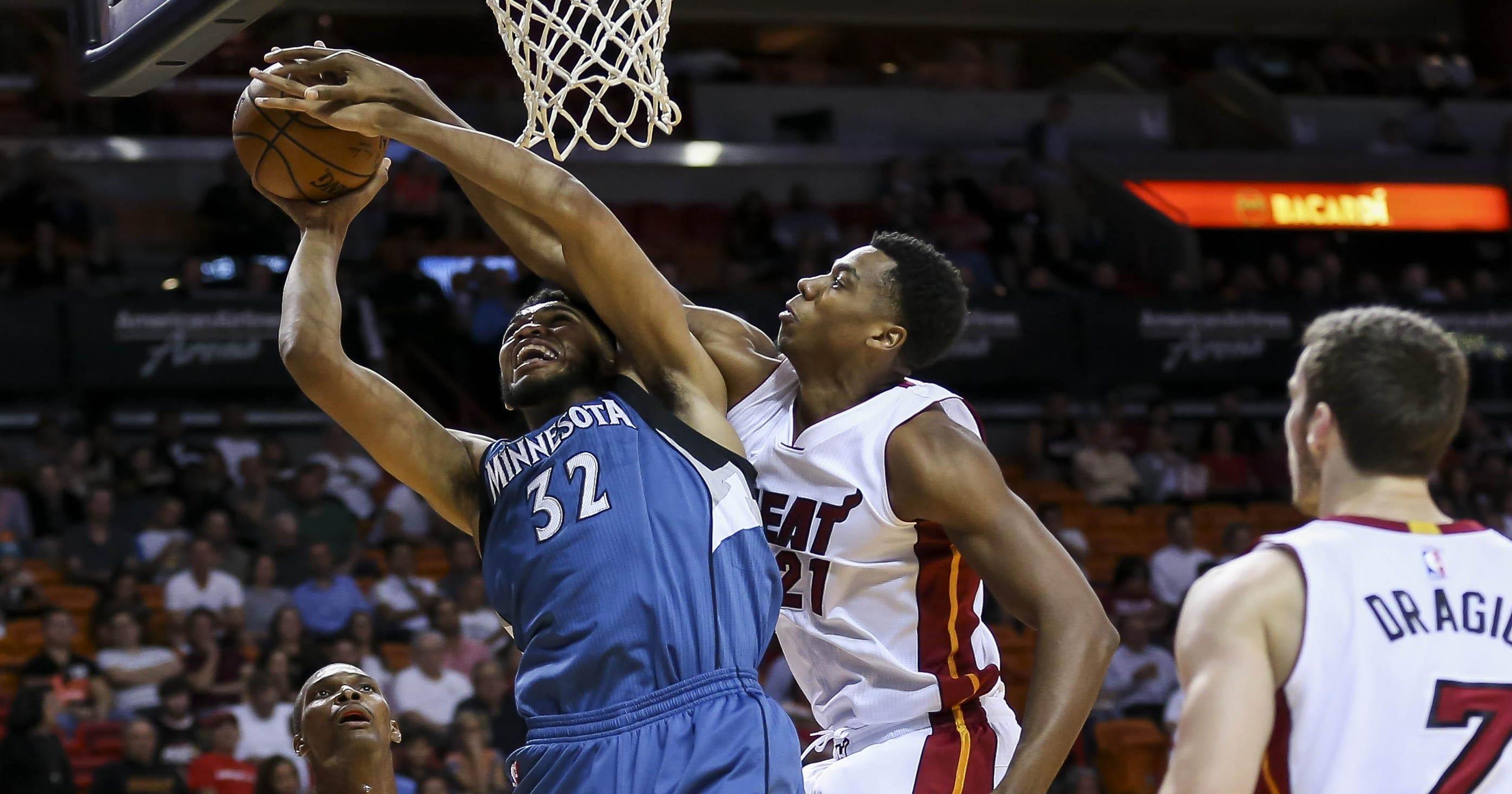 bf9e5e092 NBA  Timberwolves hold off Heat