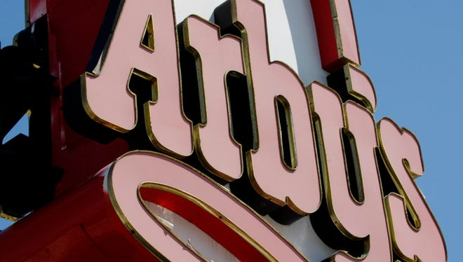Arby's executives issued an apology to Pembroke Pines Police Department after one of its officers was allegedly refused service at one of the fast-food chain's restaurants.