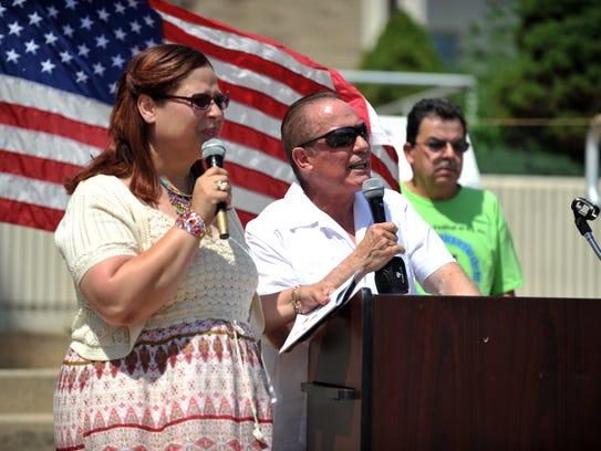 Vineland mayor Ruben Bermudez (center) gives his remarks