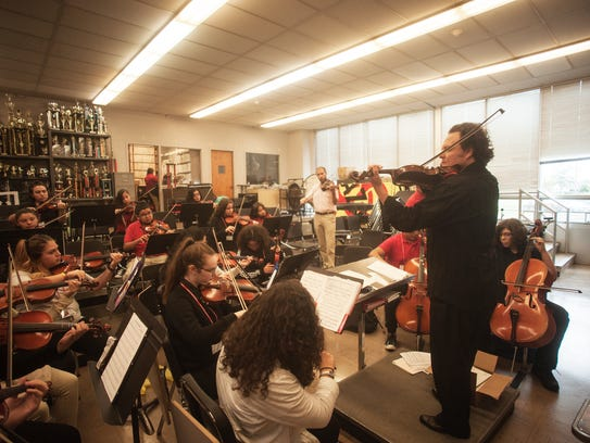 Bay Atlantic Symphony violinist Genaro Medina teaches