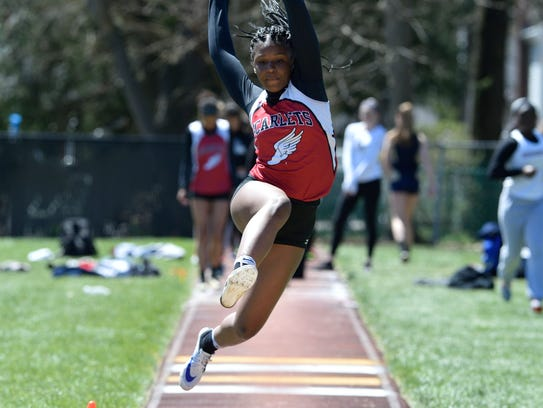 Kendall Shaw of Ridgefield Park competes in the girls