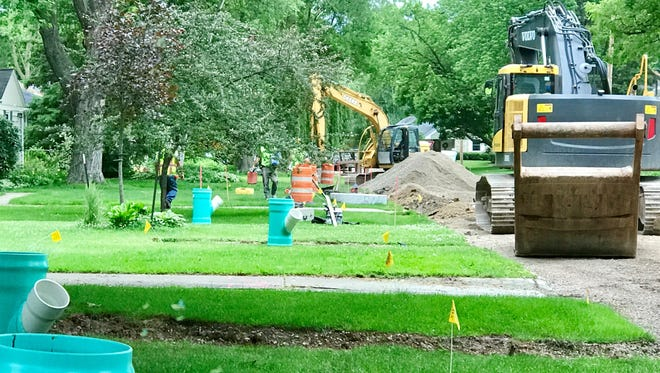 Not the kind of digging the Weekend Gardener had in mind. It's been a long summer of road construction in Allouez, where the heavy equipment arrived in May.