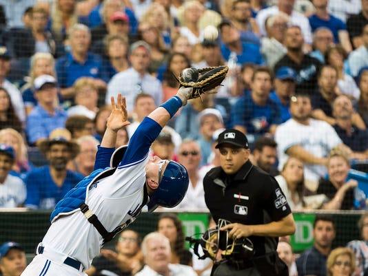 Orioles_Blue_Jays_Baseball_46942.jpg