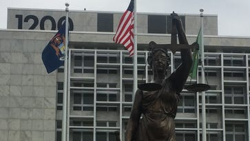 Oakland County sues state over lawyers for poor people