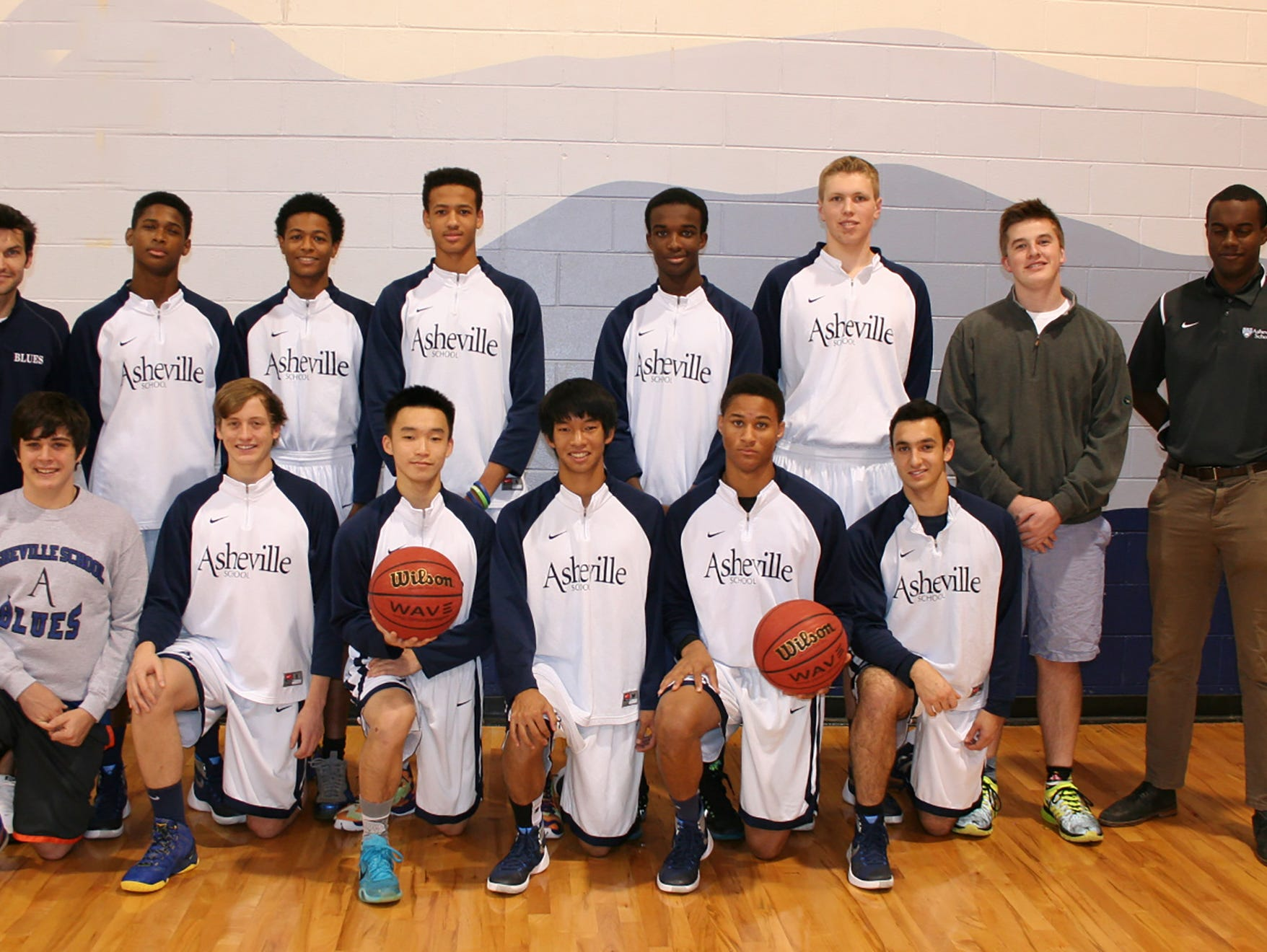 The Asheville School boys basketball team.
