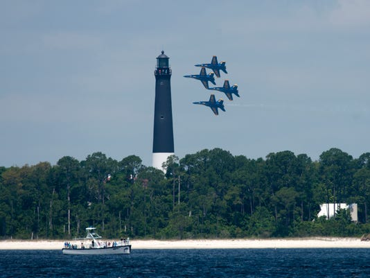 Blue Angels at Fort Pickens
