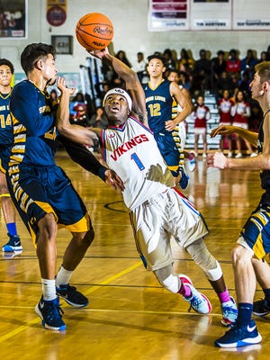 Nyreel Powell (1) is a returning component from an Everett team that reached the Class A state semifinal last season.