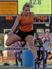Nocona's McKenzie Thompson competes in the 3A 300 meter