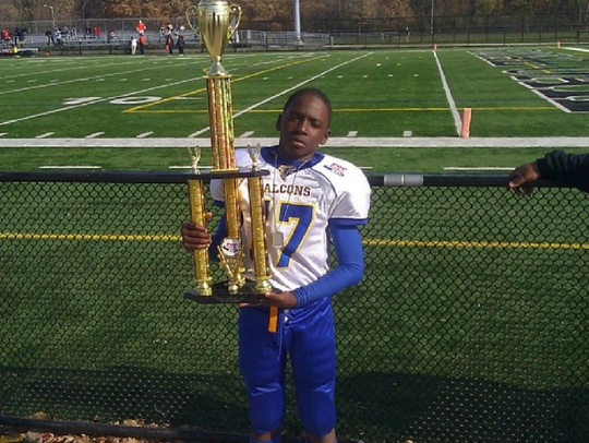 Traveon Maddox Jr. after helping the Southfield Falcons