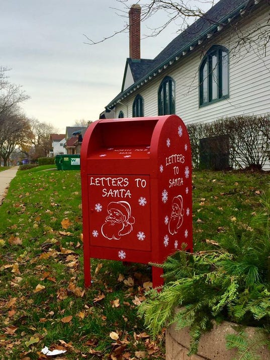 letters to santa mailbox shorewood s spirit will shine at tree lighting 23421
