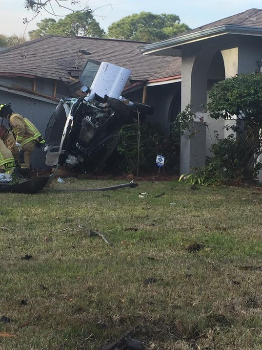 Man Dies In Crash That Landed Suv On Palm Bay Roof