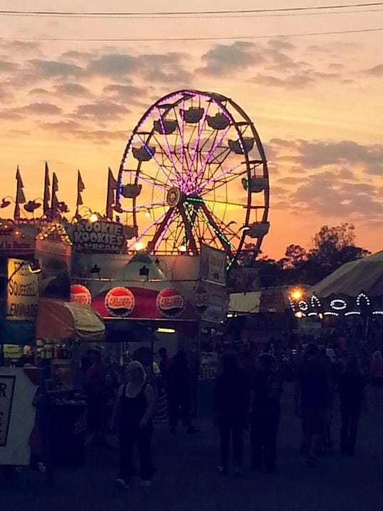 Southwest florida and lee county fair opens for Craft fair fort myers