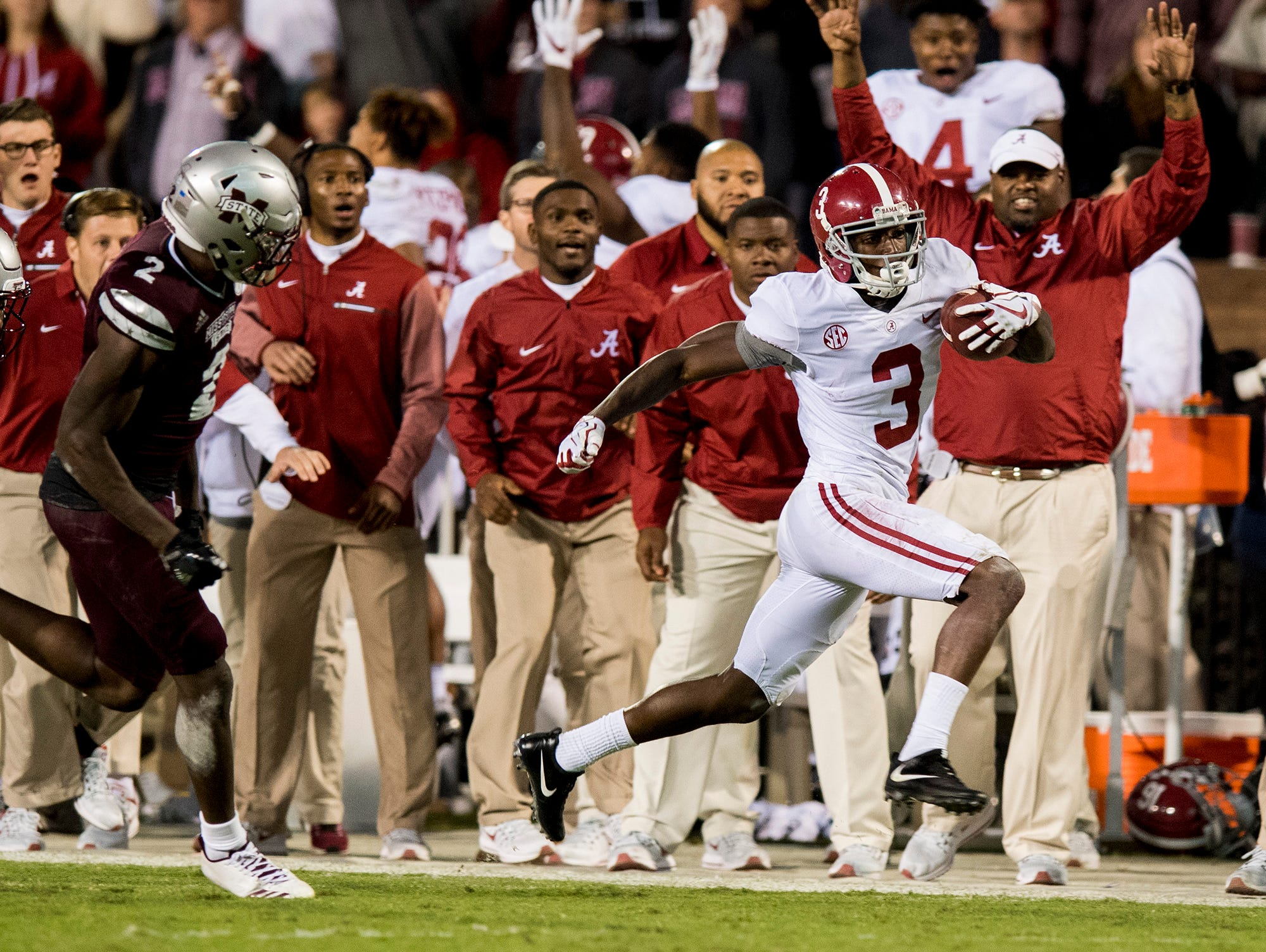 Alabama wide receiver Calvin Ridley (3) makes big yardage on a fourth quarter reception against Mississippi State in Starkville, Ms. on Saturday November 11, 2017. (Mickey Welsh / Montgomery Advertiser)