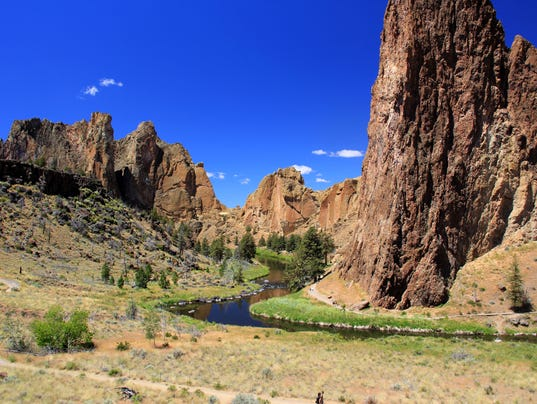 Smith_Rock_viewpoint