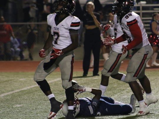 Many and North DeSoto play an annual rivalry game in week 3.
