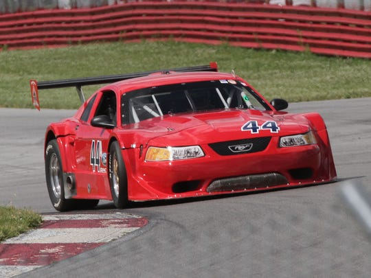 The Vintage Grand-Prix takes place at the Mid-Ohio Sports Car Course this weekend.