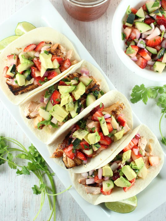 Solid gold eats salmon taco recipe mixes grilled fish fruit for The best fish taco recipe in the world