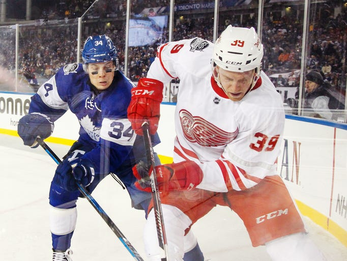 Toronto's Tyler Bozak and Detroit's Anthony Mantha