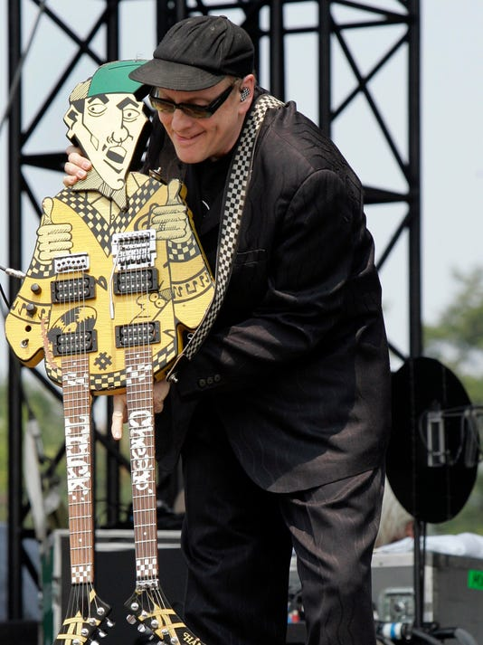 Vip Rick Nielsen Not Impressed By New Shiny Guitars