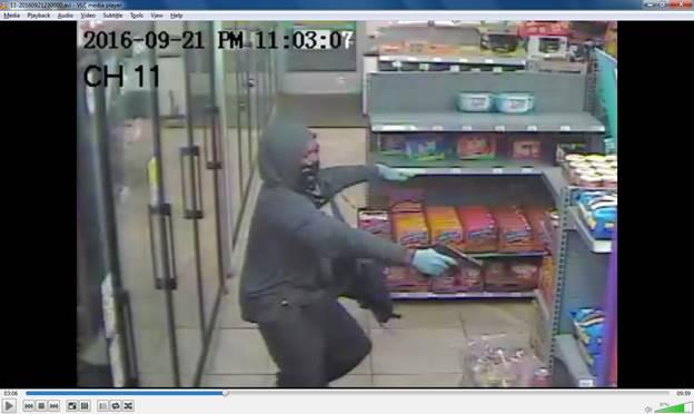 Masked gunman robs Aldi employee | WKRN News 2