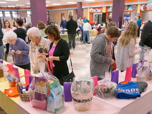 Garden City Empty Bowls Helps The Hungry