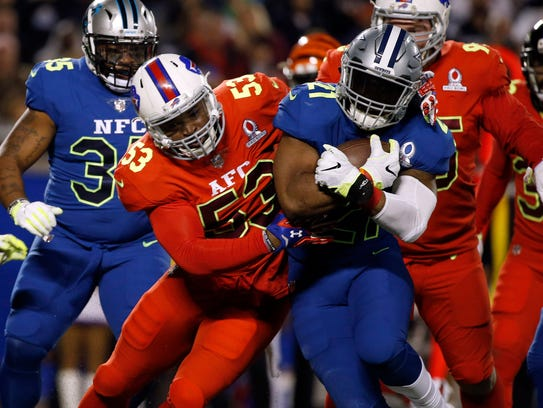 Jan 29, 2017; Orlando, FL, USA; NFC running back Ezekiel