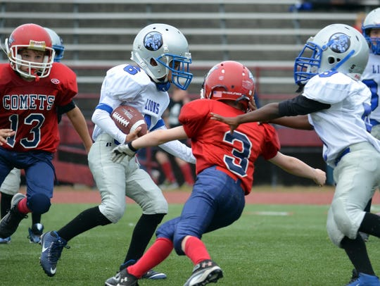 Canton Lions junior freshman running back Micah Williams