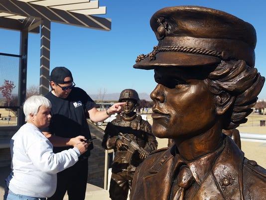 Women veterans monument