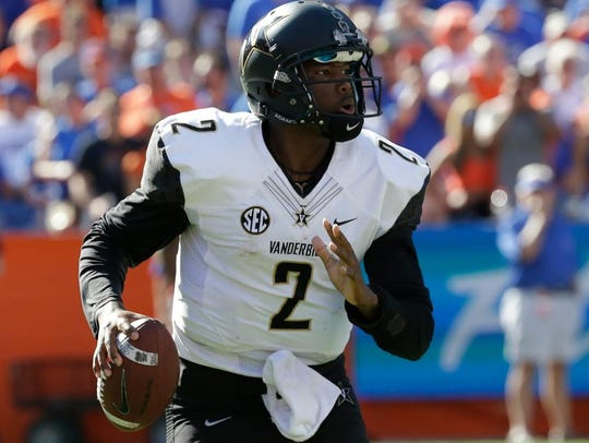 Quarterback Johnny McCrary has decided to transfer