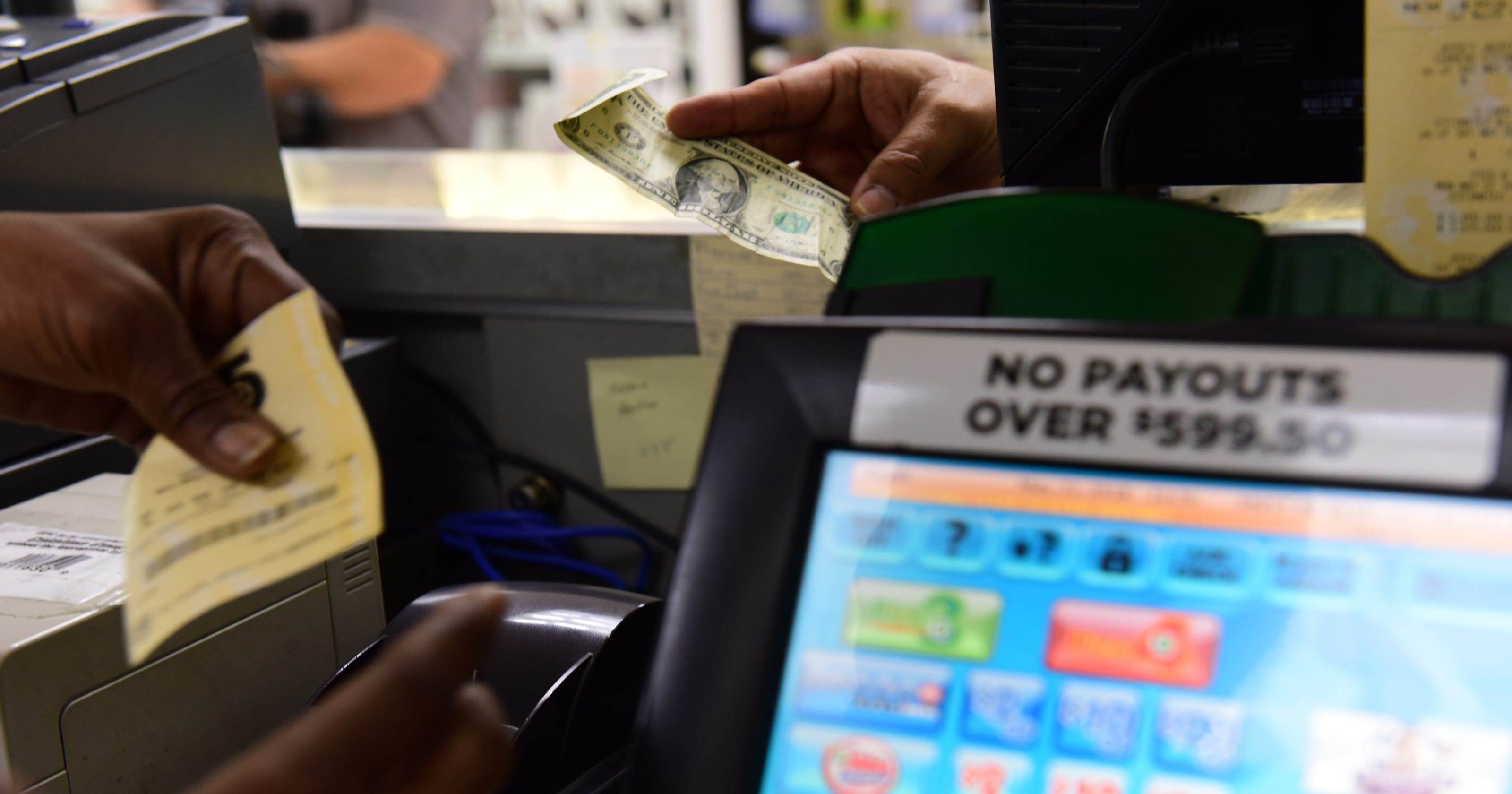 Jersey Cash 5 winning ticket worth over $166K sold in Englewood NJ