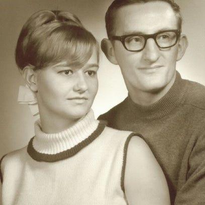"""Roman """"Mike"""" and Barbara Jean Zawlocki"""