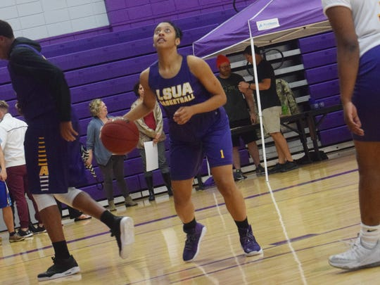 LSUA senior Amber Cesair (1) looks to shoot during LSUA's Midday Maddness Nov. 1.