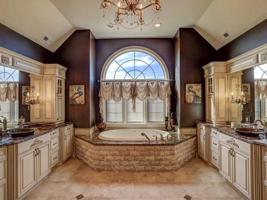 026_Master Bathroom