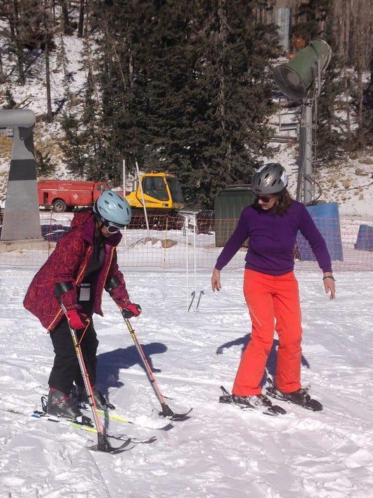 mona-skiing.jpg