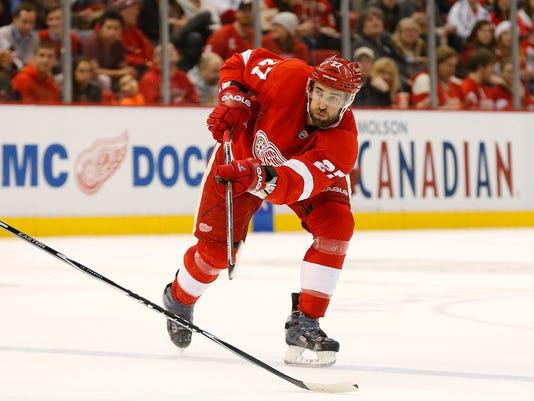 635766132839527010-AP-Sabres-Red-Wings-Hockey-M