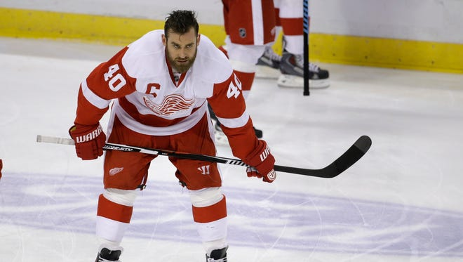 Detroit Red Wings left wing Henrik Zetterberg goes through drills before a game against the Florida Panthers on March 19, 2015, in Sunrise, Fla.
