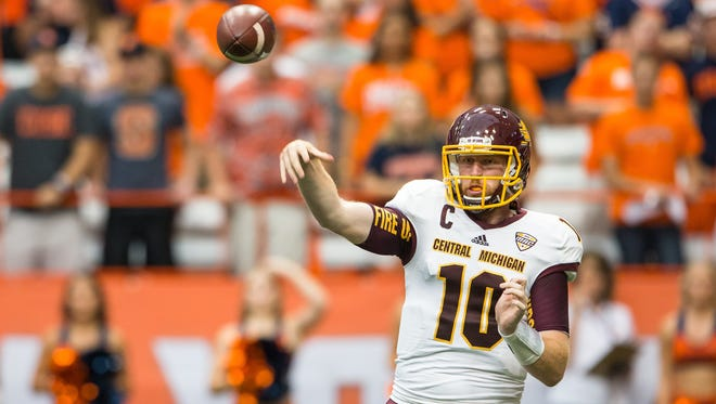 Cooper Rush, who threw for 313 yards and four touchdowns Saturday, is in the running for Manning Star of the Week Award.