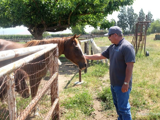 Changing Minds One at a Time founder Michael Alvarez visits Davidian Farms in Cutler.