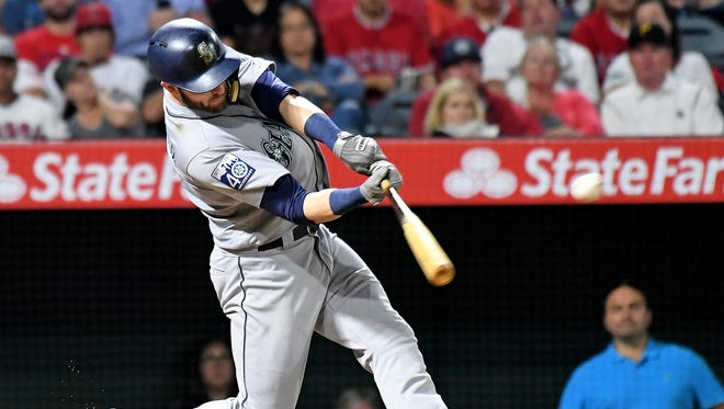 Are great things in store for Mitch Haniger (17) and the Mariners?
