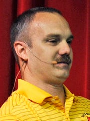 Chris Hixon, Stocker.