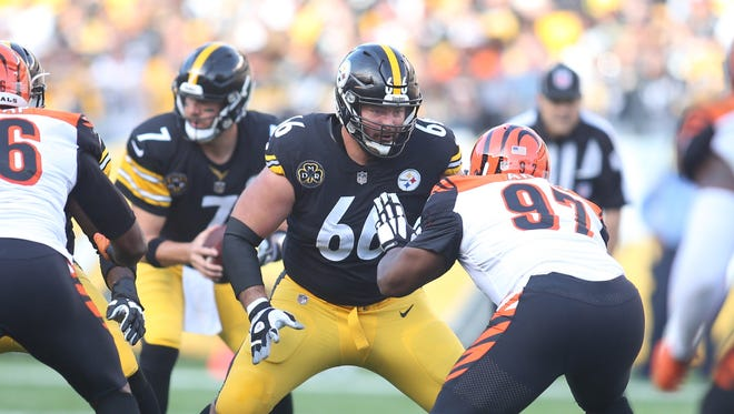 Steelers guard David DeCastro faces the Bengals.