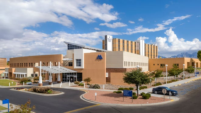 Panoramic photograph of Memorial Medical Center, west side entrance; November 2016; Las Cruces NM