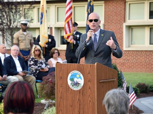 Woodland Park rededicates memorials to the boroughÕs 14 fallen soldiers