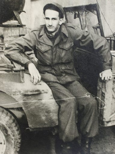 Al Cohen who a teenage soldier when he rolled into