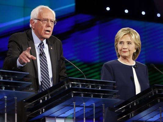 DEM 2016 Debate_Giff