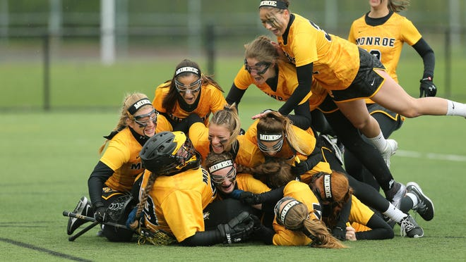 MCC players celebrate the program's fourth NJCAA championship in a row on Sunday.