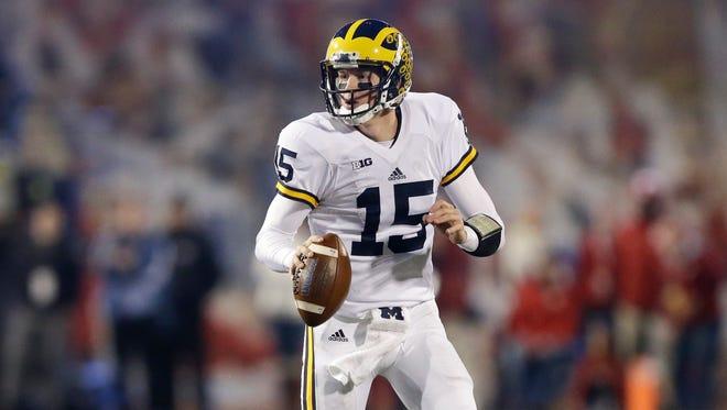Michigan's Jake Rudock (15).